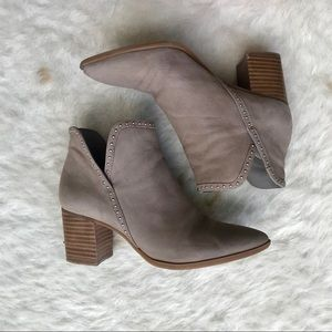 Sole Society   Dalphine V-Cut Bootie
